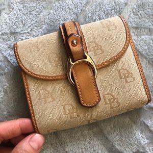 Dooney & Bourke signature leather wallet